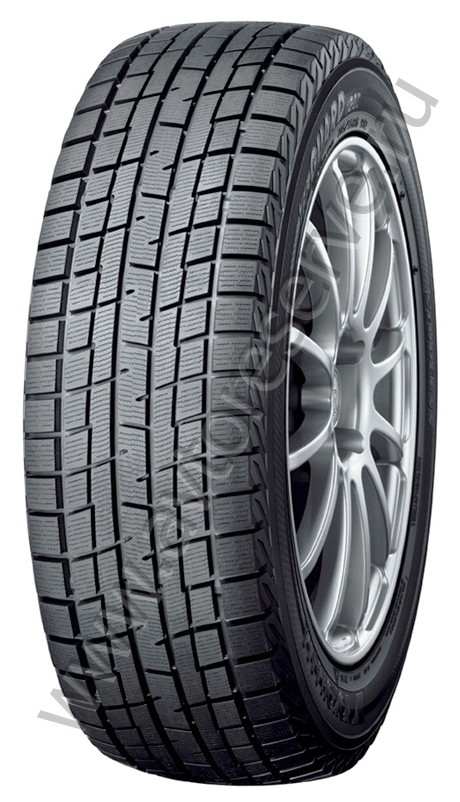 Шины Yokohama Ice Guard Studless IG30 215/45 R18 89Q зимние